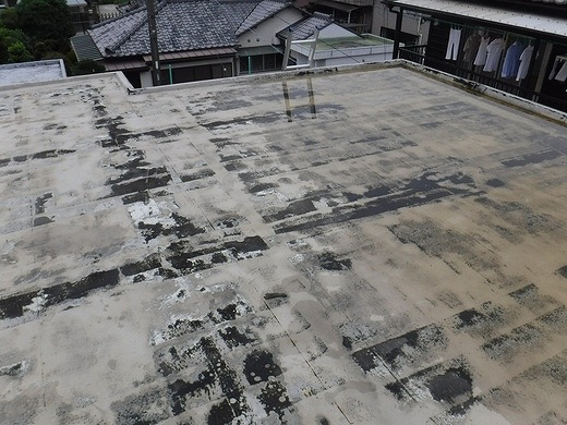 陸屋根の排水されない雨水