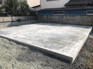 土間コンクリートの型枠が取れた状態