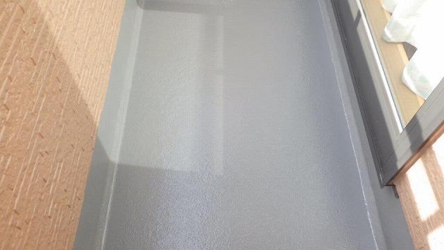 塗装した後のベランダの床