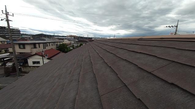 スレート屋根の大棟