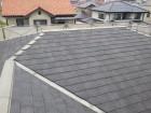 高水圧洗浄した後のスレートの屋根