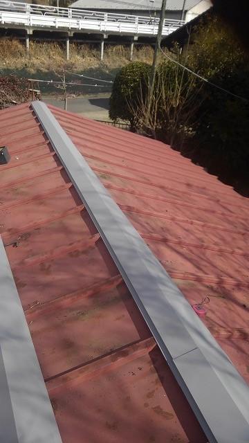 車庫の屋根の棟板金交換後