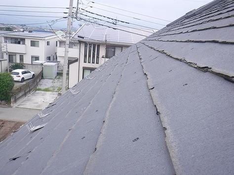 2階パミールの屋根の雪止め