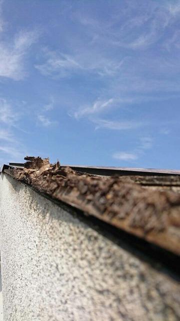2階の屋根の側面