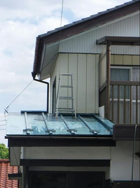 屋根の高水圧洗浄した後