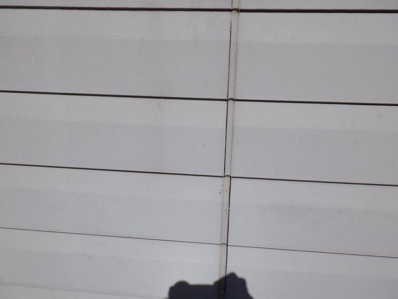 外壁の目地のコーキングの方切れ剥離