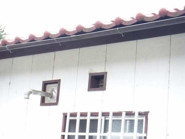 継ぎ目から雨漏りする軒樋