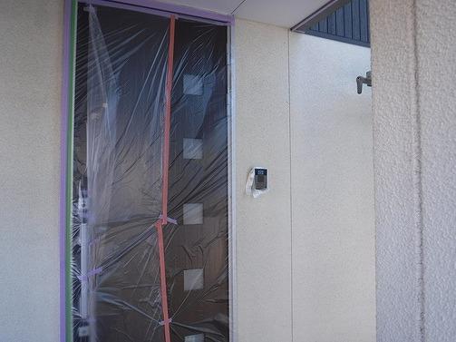玄関ドアとインターフォンの養生シート