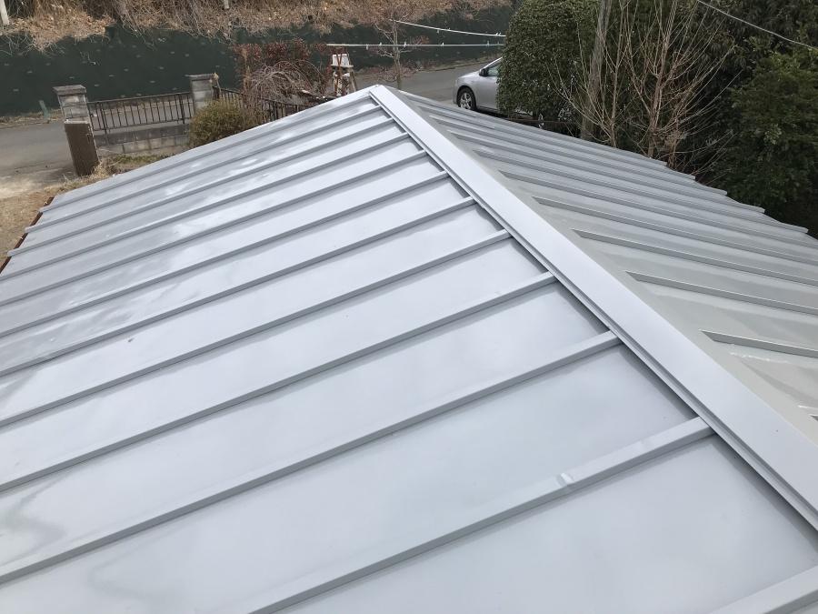 車庫の屋根の塗装完了