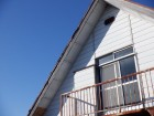 トタン板の屋根の角の板金のめくれ