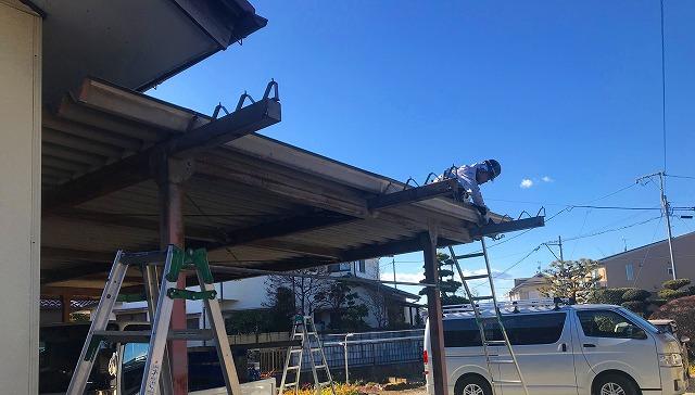 車庫のタイトフレーム取り付け作業