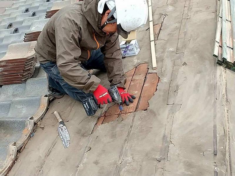 野地板の補強補修