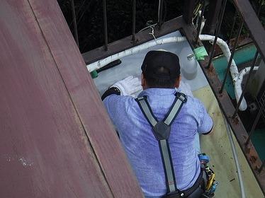 防水シートの貼り合わせ