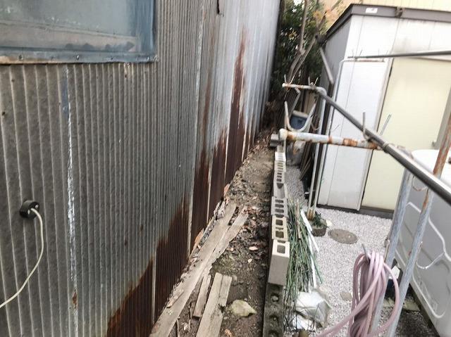 外壁のトタン波板の錆び