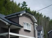 屋根雨樋完成谷のところ