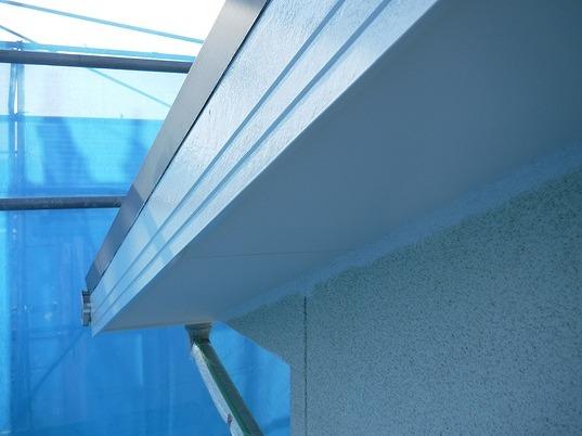 破風板と軒天井の塗装後