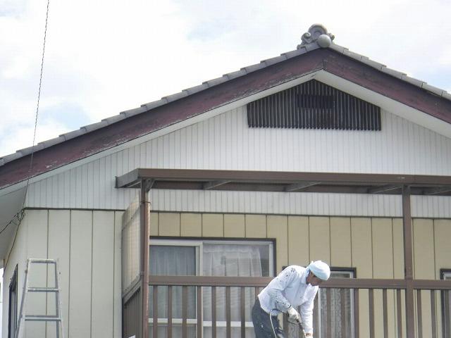屋根中央高圧洗浄