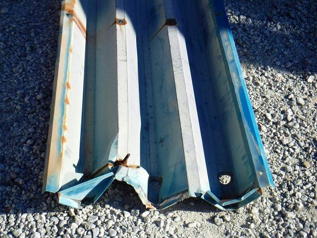 外された折板屋根