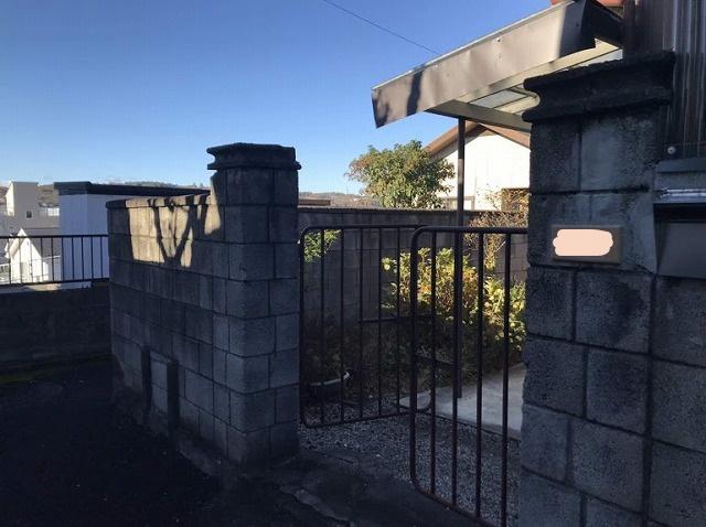 ブロックの門の入り口