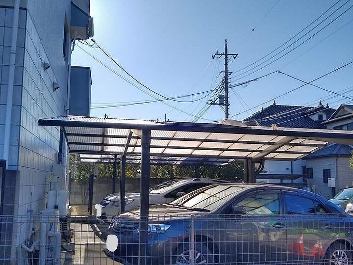 高崎市で強風で屋根の波板が飛ばされてしまったカーポートを調査